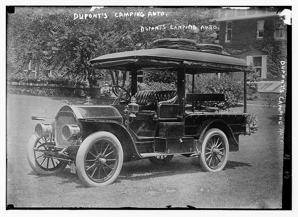 Coleman Du Pont's camping auto